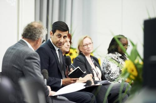 Keynote debate I: Science-policy partnerships for transformation